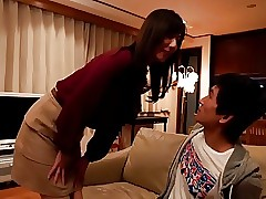 japanese deep kissing